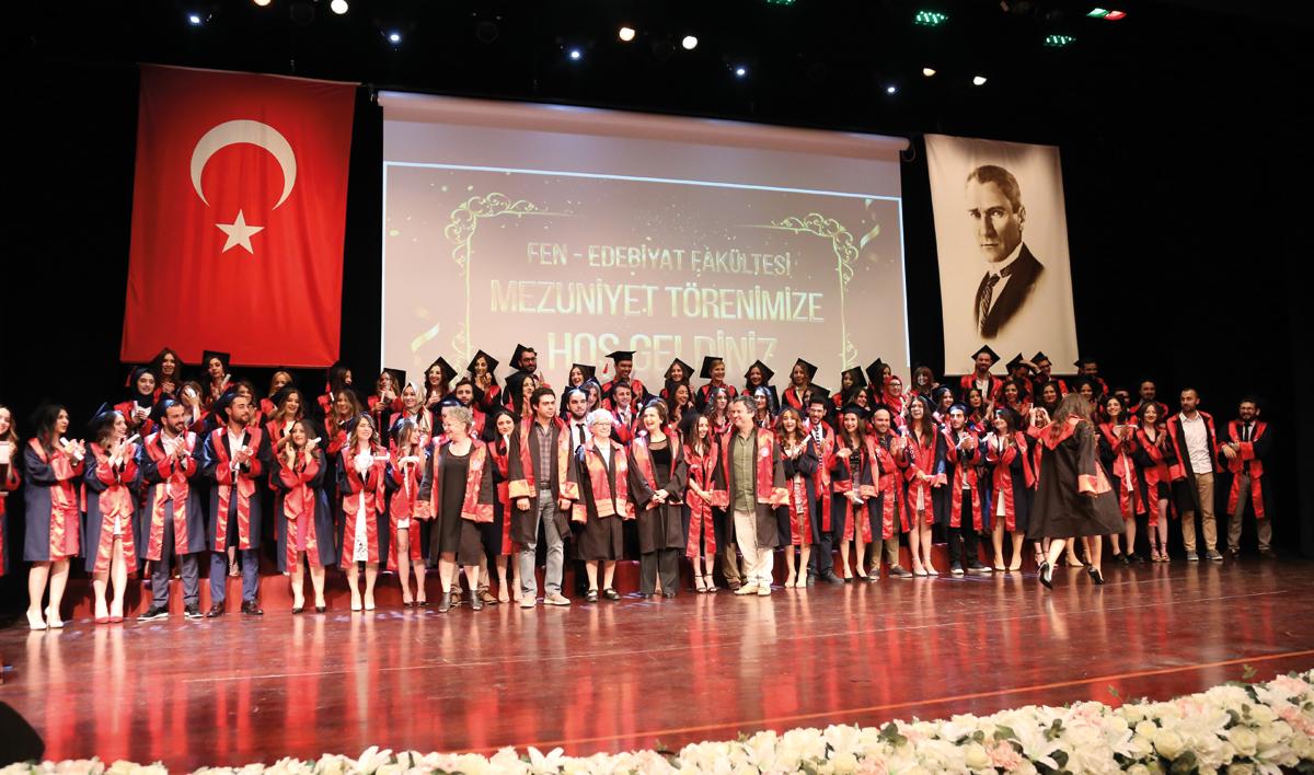 Doğuş Üniversitesi Mezuniyet Töreni Gerçekleştirildi